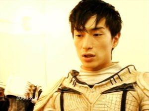 伊勢谷友介が昔『CASSHERN』に出演した時の画像
