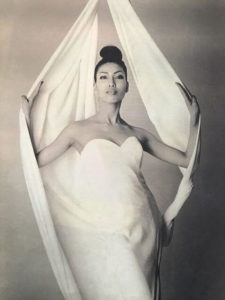 アンミカの若い頃(25歳当時)のモデル時代の画像