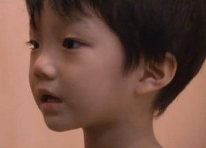 野村裕基の幼少期の画像