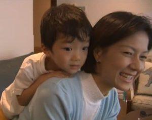 野村萬斎の嫁(千恵子)と息子(裕基)のツーショット画像