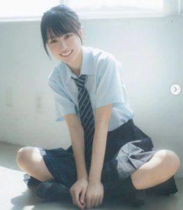 賀喜遥香の制服画像(その2)