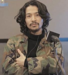 常田大希がラジオで音楽について喋る画像